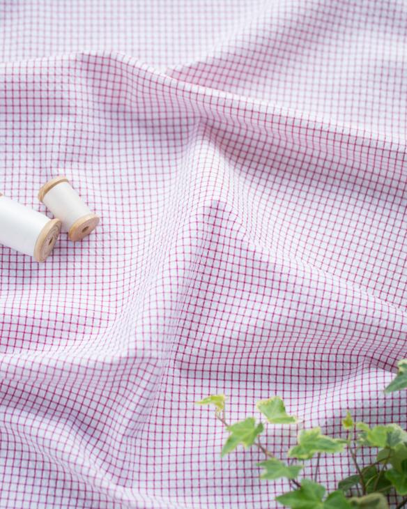 【布帛】綿・ポリ混リップルチェック柄(ラズベリーレッド)